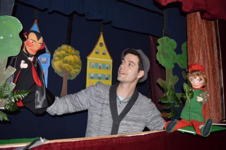 Marc Rehne Wassertrüdinger Figurentheater