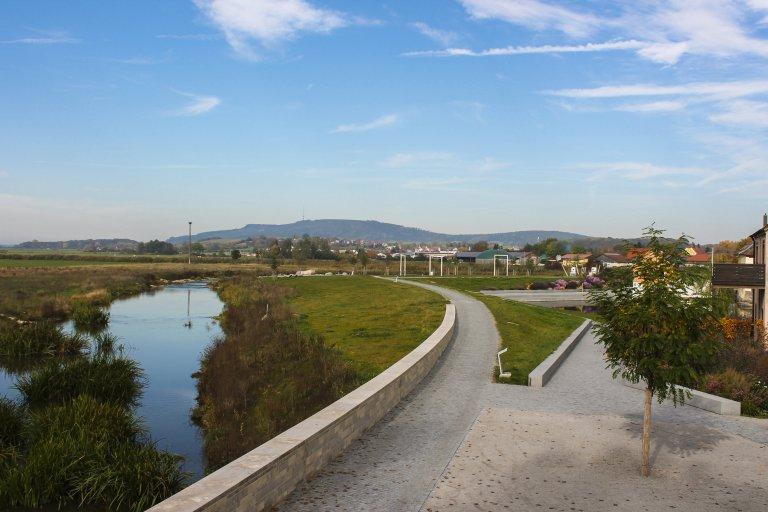 Wörnitzpark, Aussicht Hesselberg (c) Touristikservice Wassertrüdingen